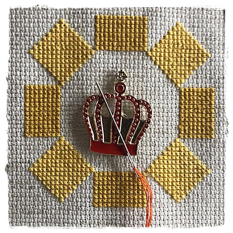 Magnetic Needle Minder Crown