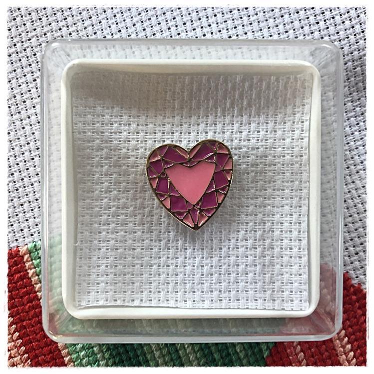 Magnetic Needle Minder Heart