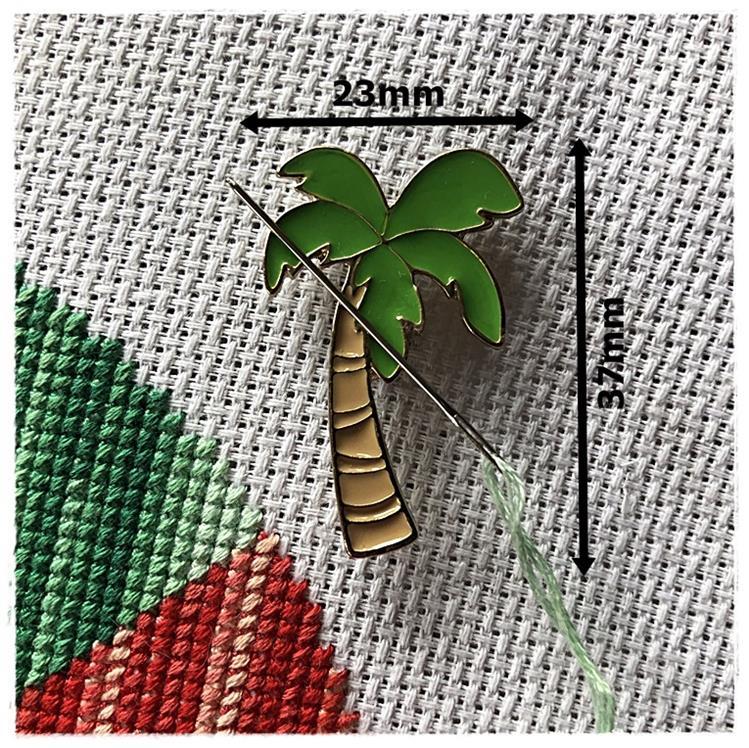 Magnetic Needle Minder Palm