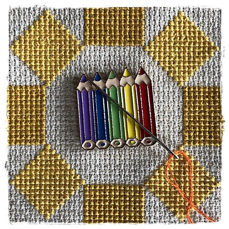 Magnetic Needle Minder Rainbow Crayons